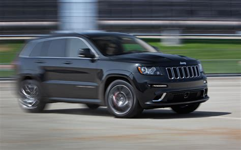 jeep srt 2012 2012 jeep grand cherokee srt8 first test motor trend