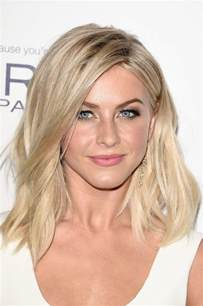 how does julienne hough style hair julianne hough medium wavy cut shoulder length
