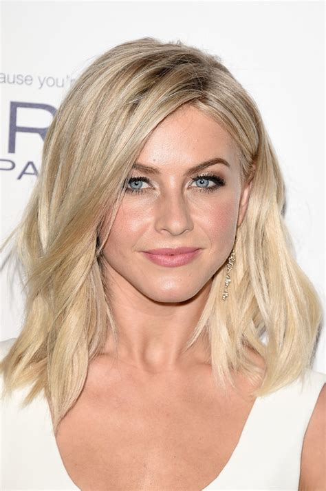 how does julienne hough style her hair julianne hough medium wavy cut shoulder length