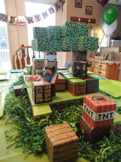 minecraft centerpiece   sons birthday party