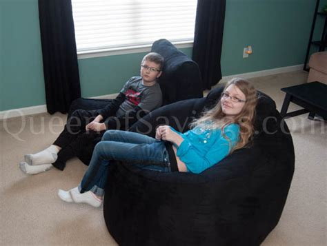 sumo lounge bean bag chairs review giveaway promote sumo bean bags queen of reviews