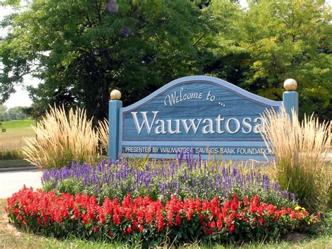 wauwatosa houses for sale shorewest realtors homes for sale in milwaukee waukesha and southeastern wi