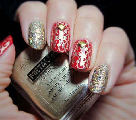 imagenes de uñas rojas con plateado manicura y decoraci 243 n de u 241 as para estas navidades