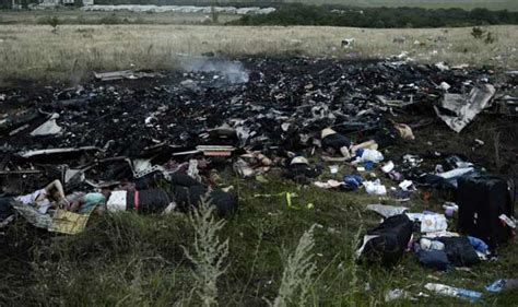 malaysia airlines mh 17 crash russia not taking away malaysian plane s black boxes