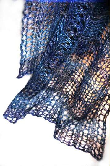 Blue Goose Feathers Scraf Leher knitter project of the month