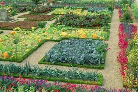 Flower And Vegetable Garden Layout идеи для дачи как сделать красивые клумбы своими руками
