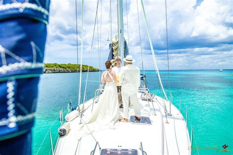 Wedding Yacht by Destination Wedding On A Yacht Vip Package Helen Theodor
