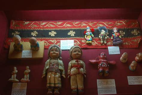 film dokumenter jogja yuk nonton film dokumenter boneka jepang di museum kolong