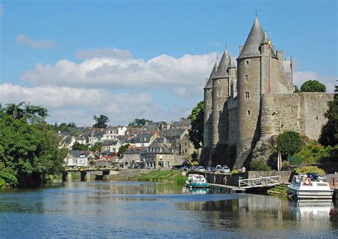 thames river france brittany waterways uk boating holidays boat hire river
