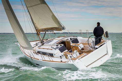 bareboat charter terms how to sail a z of yachting terms