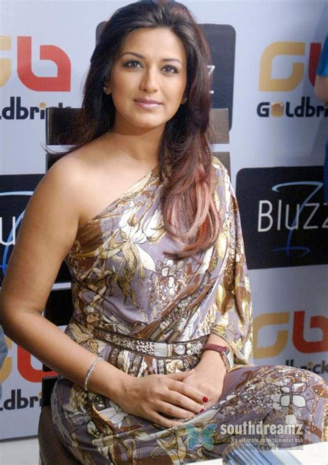 Sonali Caught Without Underwear In A Party