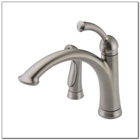delta lewiston kitchen faucet delta lewiston kitchen faucet 11926 kitchen set home