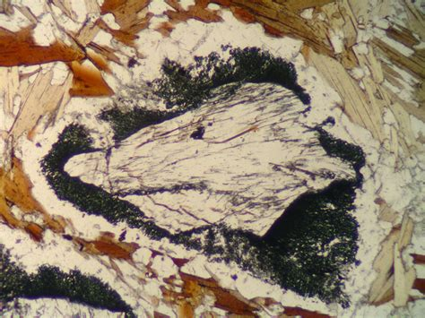 sillimanite thin section sillimanite