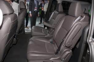 Honda Odyssey Interior 2018 Honda Odyssey Look Review Motor Trend