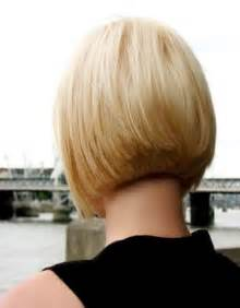 medium hair in back in front short layered bob hairstyles front and back view