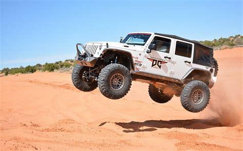 jeep hellcat custom hellcat package from dakota customs puts a hemi in a jeep