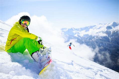 best snowboarding snowboarding beginners 10 best tips for learning to
