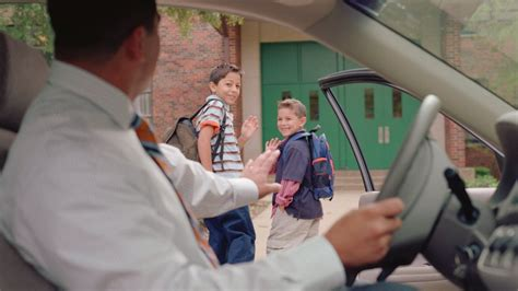 Kinder Die Auto Fahren by Warum Eltern Ihre Kinder Nicht Mit Dem Auto Zur Schule