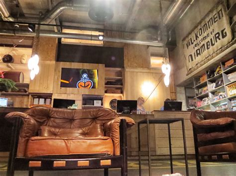 esszimmer 25hours 25hours hotel hamburg trendletter imm cologne architektur