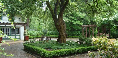 Leach Botanical Gardens Leach Botanical Garden American Gardens Association