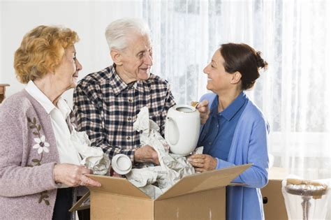 Downsizing Your Life by Senior Moving Relocate Elders Downsizing Assistance