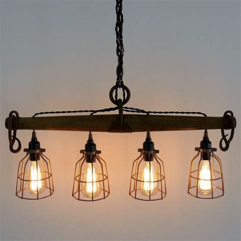 Rustic Kitchen Light Fixtures 25 Best Ideas About Rustic Light Fixtures On Pinterest Rustic Lighting Industrial Lighting