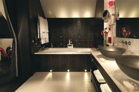bathroom facilities hotel public washrooms making the best impression