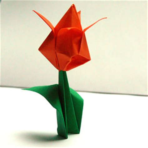 Mit Origami - origami pflanzen falten tulpe