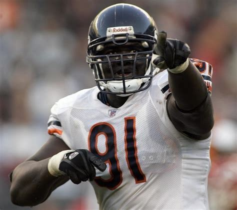 Hudson Turns Chicago Bears Tommie Harris by Colts Turn To Veterans To Upgrade Defense Football