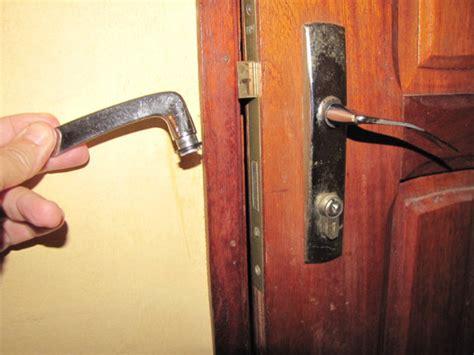 winning door knob handle broken image mag