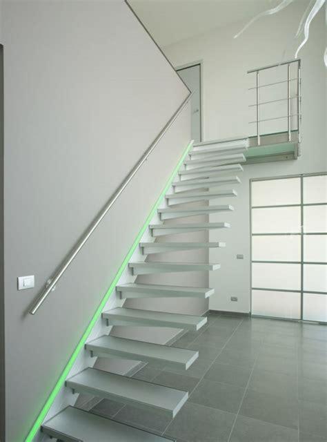 escaleras de interior  exterior  iluminacion led