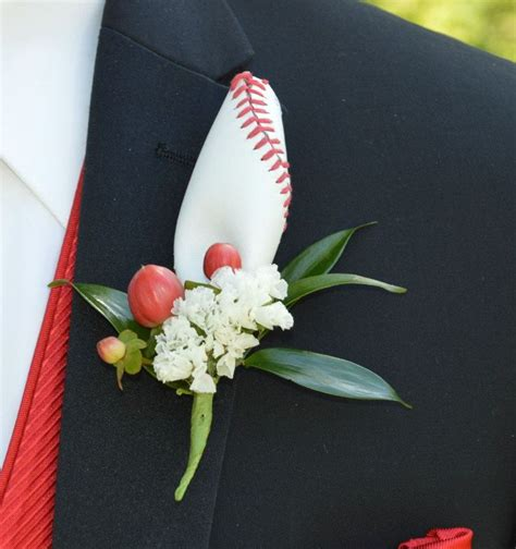 Boutonniere For Prom by 127 Best Images About For The Guys Creative Boutonnieres