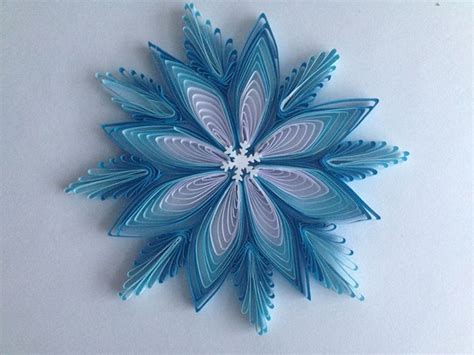 quilling snowflakes tutorial 133 best quilling snowflakes images on pinterest