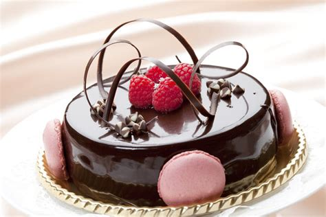 Cake Pics by Find A Pastry And Baking Cooking School