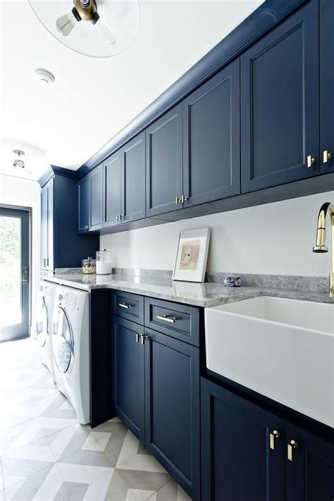 blue cabinets giggles and laundry best 25 laundry room cabinets ideas on pinterest