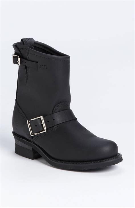frye engineer boots frye engineer 8r boots in black