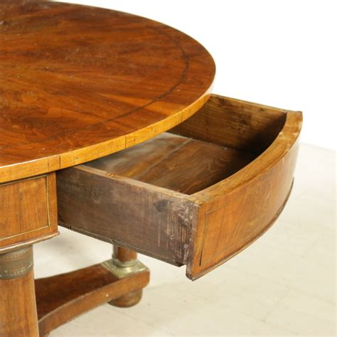 stile impero mobili tavolo tondo in stile impero mobili in stile bottega