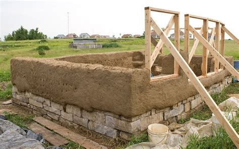 Cob Under Construction Nifty Homestead Cob House Construction Plans