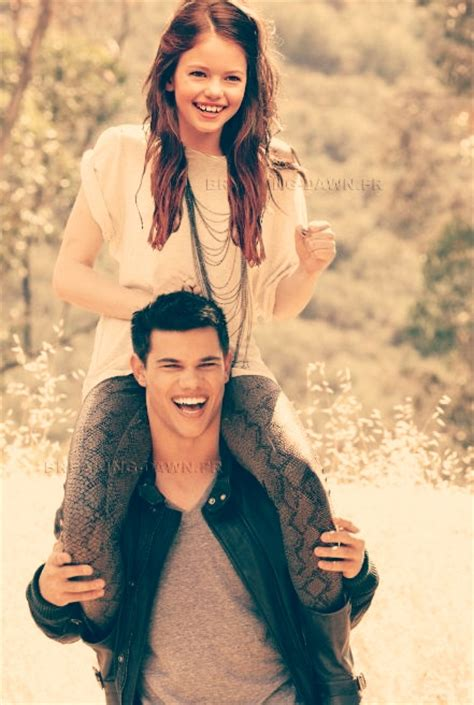 jacob black and renesmee cullen twilight saga wiki wikia jacob renesmee favourites by aryaxxxeragon on deviantart