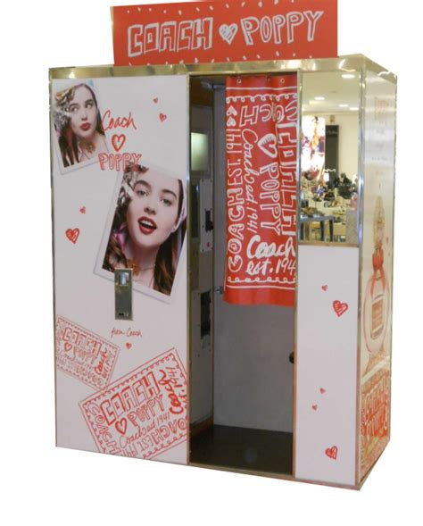 Handmade Photo Booth - custom photo booth classic or digital for special event