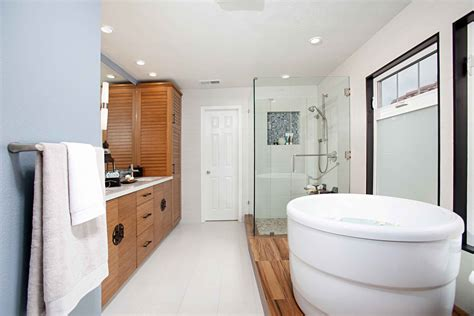 enclosed bathtubs the best bathroom shower combo 23840 bathroom ideas