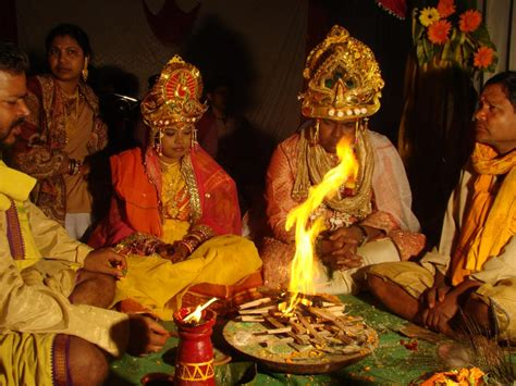 the india i and of hinduism views from a south indian writer books file rituals at a hindu wedding orissa india jpg
