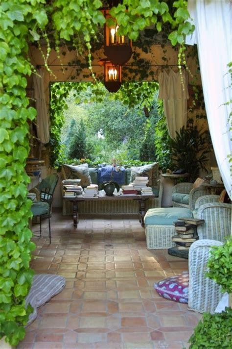 elegant country garden favethingcom