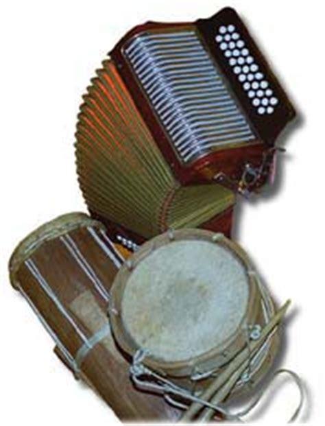 imagenes de instrumentos musicales folkloricos de panama critica en linea folklore costumbres y tradiciones