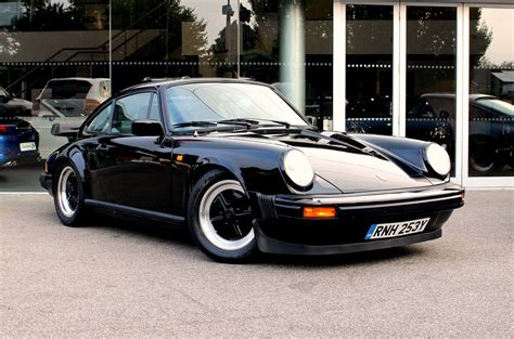 porsche models 1980s pristine porsche 911 sc goes to auction for whizz kidz