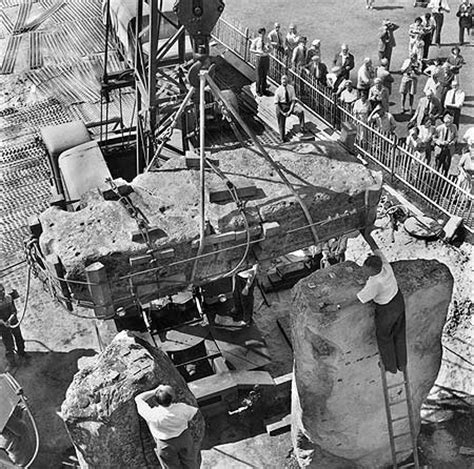 stonehenge construction do these photos prove stonehenge was built in the 1950s