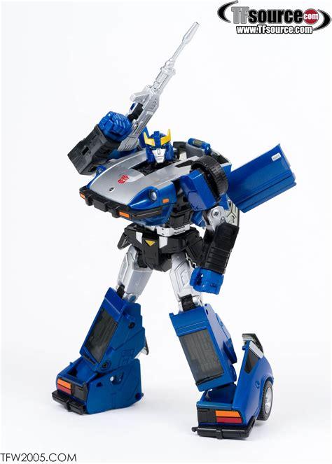 blues mp mp 18b bluestreak photo shoot transformers news tfw2005
