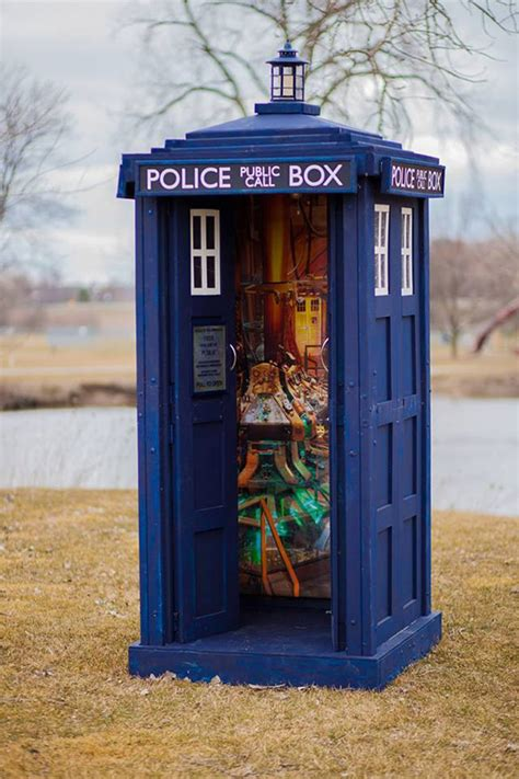 Design Your Own Home Game 3d by Doctor Who Life Size Tardis