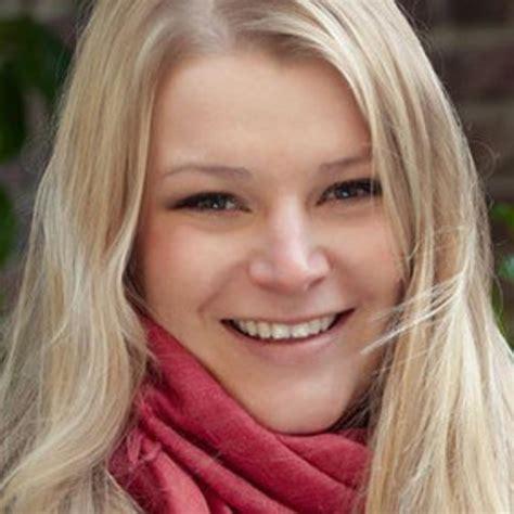 sarah bernhardt sarah bernard online marketing consultant sarah