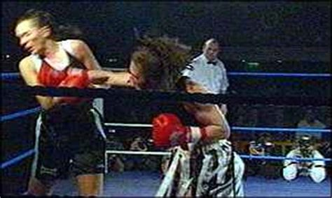 jane couch boxer bbc news sport women s boxing makes instant impact